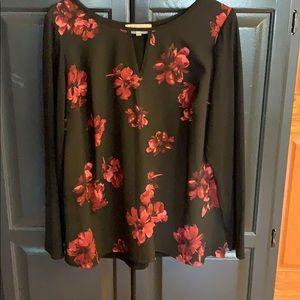 Women's black and mauve floral shirt size 1X